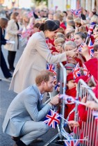 【イタすぎるセレブ達】ヘンリー王子&メーガン妃の新Instagram、デヴィッド・ベッカムら大物が続々とフォロワーに