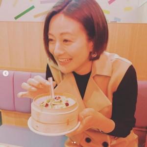 「#えりかの小籠包 ロケまたやりたいな」と徳島アナ(画像は『徳島えりか(日本テレビアナウンサー) 2019年4月26日付Instagram「大好きな先輩と大好きな小籠包を食べてきました」』のスクリーンショット)