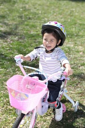 """「令和」を迎える大型連休 乳幼児のいる家庭は""""近場""""で過ごす傾向に 「ショッピングセンター」や「公園」が人気"""