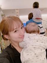 【エンタがビタミン♪】辻希美、長女が激似で「幼い日の辻ちゃんにそっくり!!」の声続出