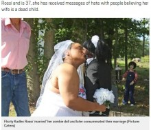 【海外発!Breaking News】ゾンビ人形を愛した末に結婚した20歳女性(米)