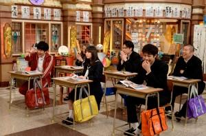 『しくじり先生 俺みたいになるな!!』で今井華の授業を受ける生徒たち(C)AbemaTV
