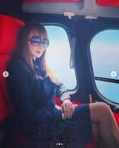 【エンタがビタミン♪】神田うの、正装してヘリコプターで家族旅行へ 「エレガントで素敵」の声