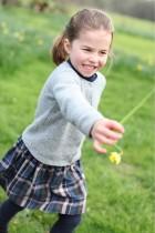 【イタすぎるセレブ達】シャーロット王女、入学が「楽しみ」 9月より兄ジョージ王子の通う学校へ
