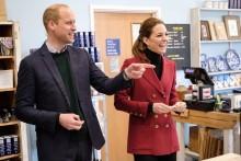 【イタすぎるセレブ達】ウィリアム王子夫妻、チャールズ皇太子がアーチーくんと対面果たす キャサリン妃&メーガン妃はより親密な関係に