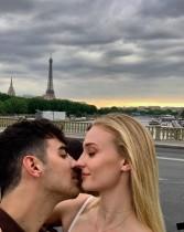 【イタすぎるセレブ達・番外編】ジョー・ジョナス&ソフィー・ターナーがフランスで豪華挙式