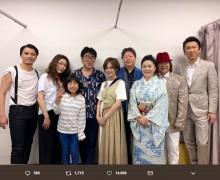 【エンタがビタミン♪】山本彩、石川さゆりや布袋寅泰らと並ぶ『日比谷音楽祭』記念写真に「凄い方々」の声