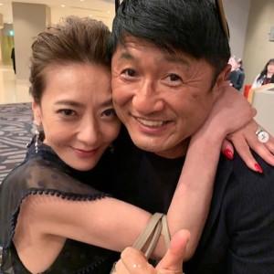 【エンタがビタミン♪】西川史子、武田修宏との密着ショットに「いい感じ、お似合いですよ」の声