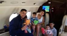 【イタすぎるセレブ達】クリスティアーノ・ロナウド一家、プライベートジェット機内での家族写真が素敵