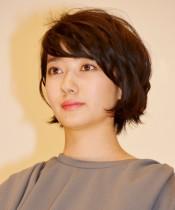 【エンタがビタミン♪】波瑠、28歳誕生日を迎え「なーんにも変わらない」 『もみ冬』SP撮影現場からご挨拶