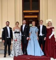 【イタすぎるセレブ達】トランプ大統領の子供達がバッキンガム宮殿で大はしゃぎ! 一族らの訪英コストは5億円近いとも