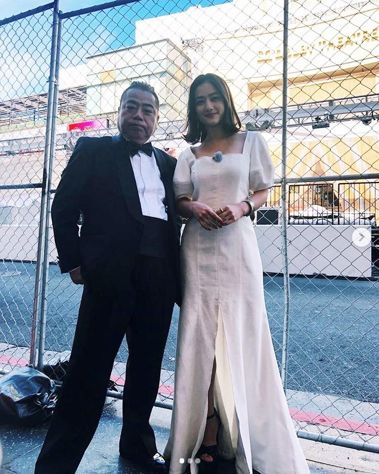 出川哲朗と谷まりあ、今年2月にはアカデミー賞授賞式へ(画像は『谷まりあ Maria.T 2019年3月31日付Instagram「イッテQ見てくれてありがとう~ 今回は中々厳しかったけど、マックスの熱意に少しでも応えられるように私たちなりに頑張りました」』のスクリーンショット)