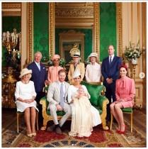 【イタすぎるセレブ達】アーチーくんはパパ似? ヘンリー王子&メーガン妃が洗礼式の写真公開