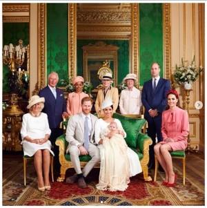 【イタすぎるセレブ達】ヘンリー王子夫妻の愛息アーチーくん、新たな代父母が明らかに