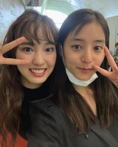 飯窪春菜と新木優子(画像は『新木優子 2019年5月20日付Instagram「会場に着いてすぐに、はるなんに会えたんです、、!!」』のスクリーンショット)