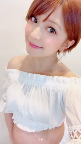 【エンタがビタミン♪】矢口真里、マタニティフォト撮影に「感無量です」 ふっくらお腹でママの微笑み