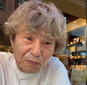 おじいちゃんになった中尾明慶(画像は『AKIYOSHI NAKAO 2019年6月17日付Instagram「お爺ちゃんになるアプリやったら、若干おばあちゃんにいそうな感じになっちゃったよ。」』のスクリーンショット)