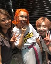 【エンタがビタミン♪】野沢直子、帰国後すぐにヘアサロンへ オレンジヘアが好評も「一瞬りゅうちぇるかと…」