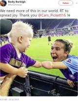 【海外発!Breaking News】左手のない女子サッカー選手「手がないことは特別ではない。決して諦めないことが大切」<動画あり>