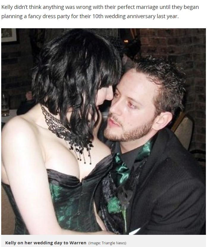2007年、結婚式当日のケリーさんとウォーレンさん(画像は『Mirror 2019年8月24日付「'I feared my husband was having an affair - but he was actually the other woman'」(Image: Triangle News)』のスクリーンショット)