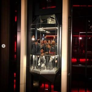 山下健二郎の顔が…(画像は『Takanori Iwata 2019年8月3日付Instagram「『SCARLET』feat. @afrojack produced by Giorgio Tuinfort」』のスクリーンショット)