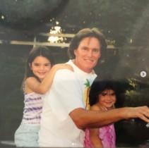 """【イタすぎるセレブ達】カイリー・ジェンナー22歳に """"父親""""ケイトリン・ジェンナーがSNSで祝福もまさかのミス!"""