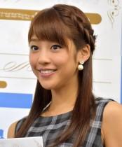 【エンタがビタミン♪】岡副麻希アナ、夏の甲子園取材で顔が大変なことに 「焦げてますよ!」「焼くにもほどがある」