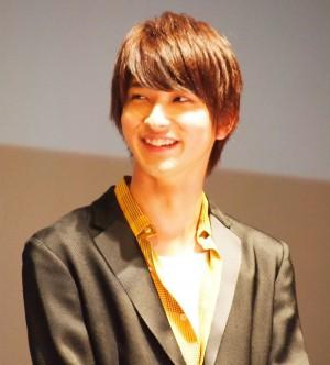 【エンタがビタミン♪】横浜流星、新作カレンダーの特典生写真を披露 イベント落選のファンを元気づける?