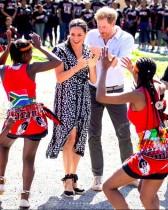 """【イタすぎるセレブ達】ヘンリー王子・メーガン妃のアフリカ公式訪問 初日はアーチーくんの""""お披露目""""はなし"""