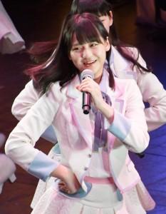 ステージでの高松瞳(2018年4月撮影)
