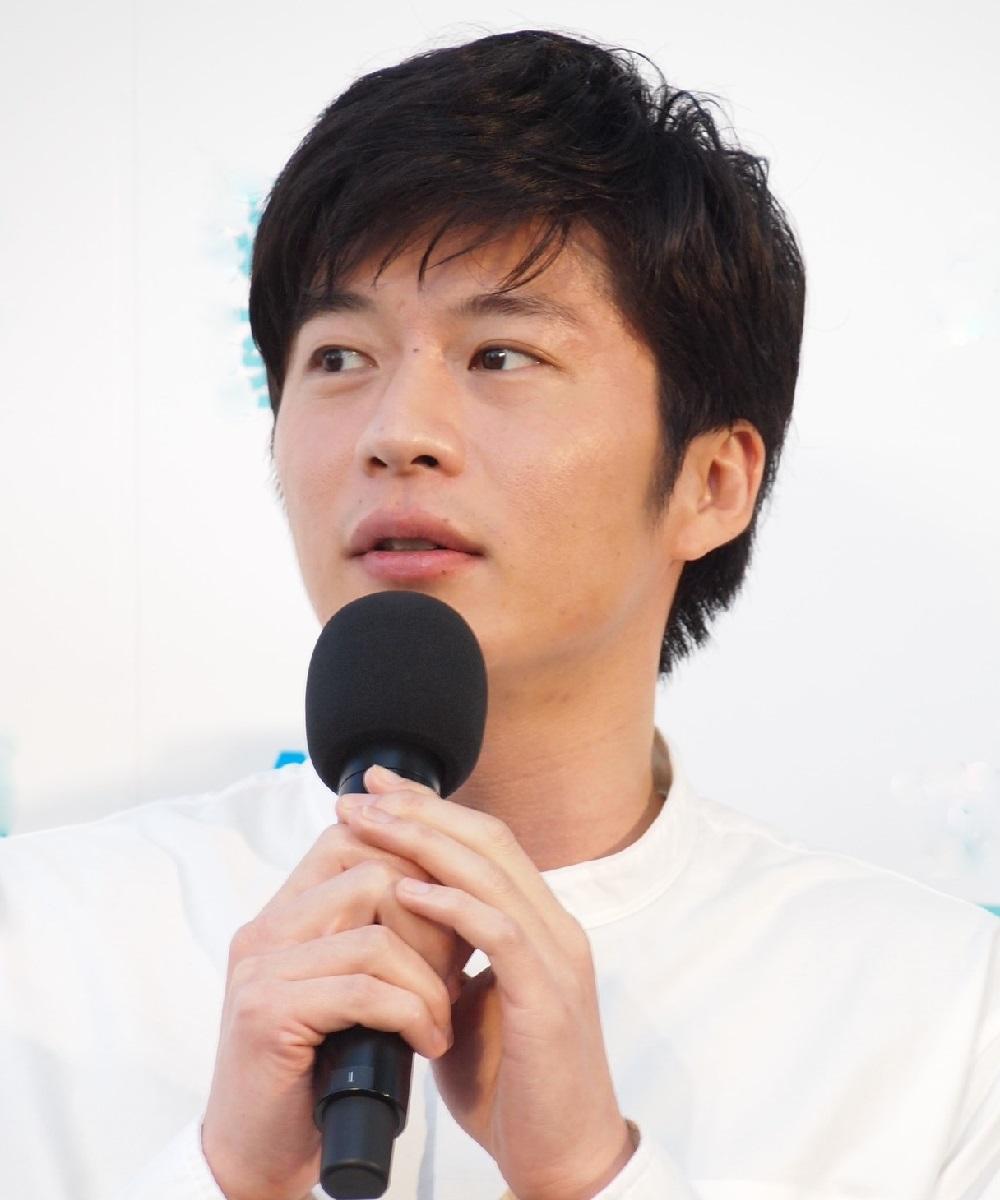 手塚翔太(田中圭)の歌う『会いたいよ』が『あな番』の時間帯に流れる