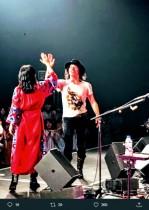 【エンタがビタミン♪】LOVE PSYCHEDELICO・NAOKI『Mステ』での失敗エピソードに余波「ギターを忘れて行った強者です」 台本を持って舞台に上がった「賢者」も