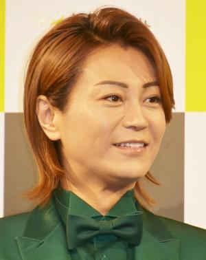 【エンタがビタミン♪】氷川きよし、NHK生放送の料理番組に登場 『ハロウィン音頭』歌い手料理披露に視聴者も「いい感じのカオス」