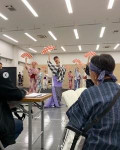 """「我々スタッフも緊張しっぱです」と""""付き人""""木梨憲武(画像は『木梨憲武 / Noritake Kinashi 2019年10月3日付Instagram「舞台の主演女優さんのお付きの仕事に入りました!」』のスクリーンショット)"""