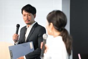 『バチェラー・ジャパン』2代目バチェラー・小柳津林太郎さんがトークショーに出席