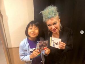 【エンタがビタミン♪】シンディ・ローパーのライブに出演 10歳のドラマーよよかの活躍にサス・ジョーダンが「ファンタスティック!!」