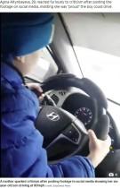 【海外発!Breaking News】6歳児、時速130キロで高速道路を爆走 母は「運転上手な息子が誇り」(露)<動画あり>