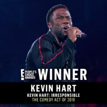 【イタすぎるセレブ達】ケヴィン・ハート、事故後初の授賞式で最優秀コメディ賞受賞 スピーチに拍手喝采