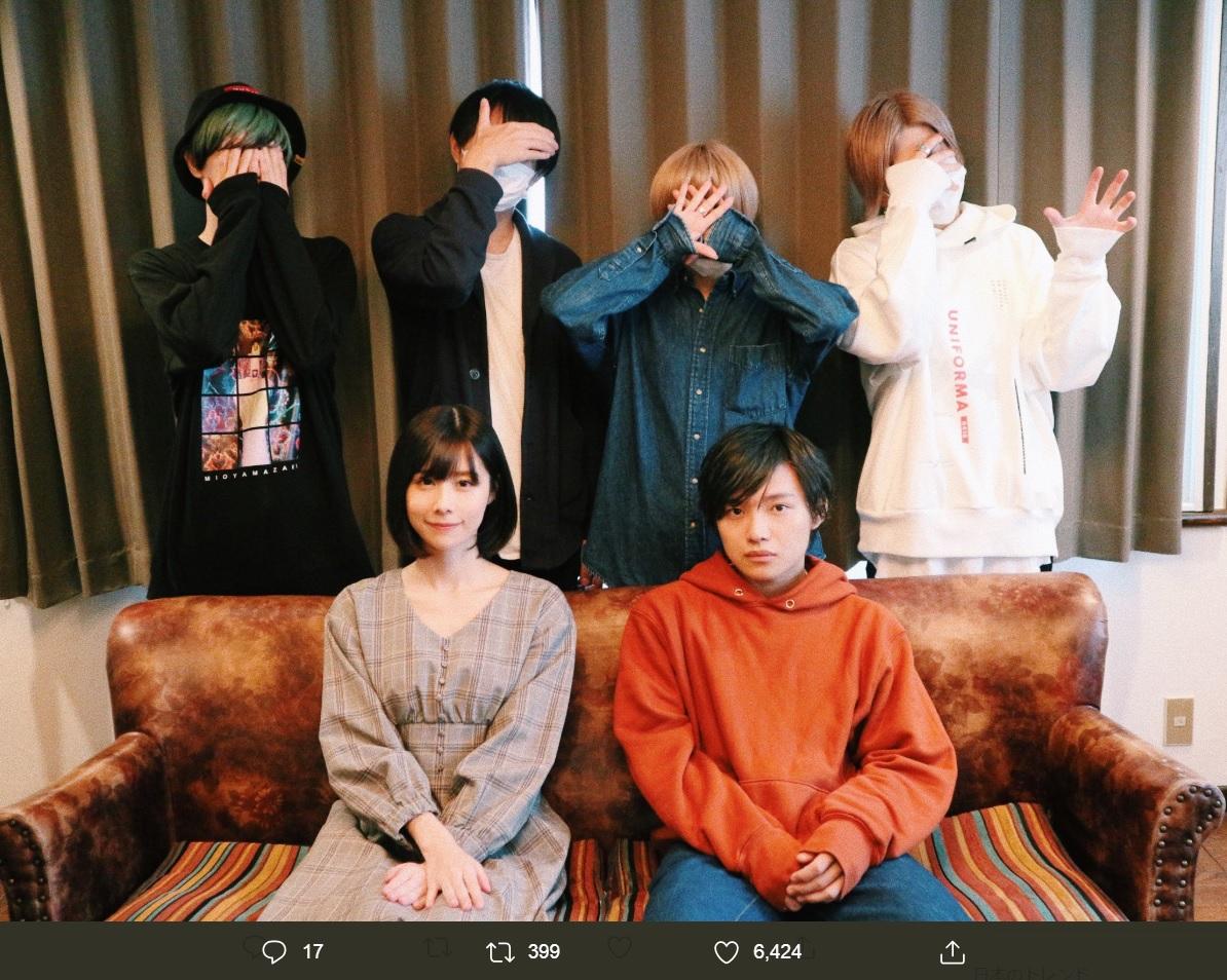 前列が有村藍里とたなか、後列がミオヤマザキ(画像は『有村藍里 2019年11月18日付Twitter「ミオヤマザキさん。たなかさん。」』のスクリーンショット)