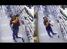 【海外発!Breaking News】スーパー陳列棚のワインを次々に試飲した迷惑男(タイ)<動画あり>