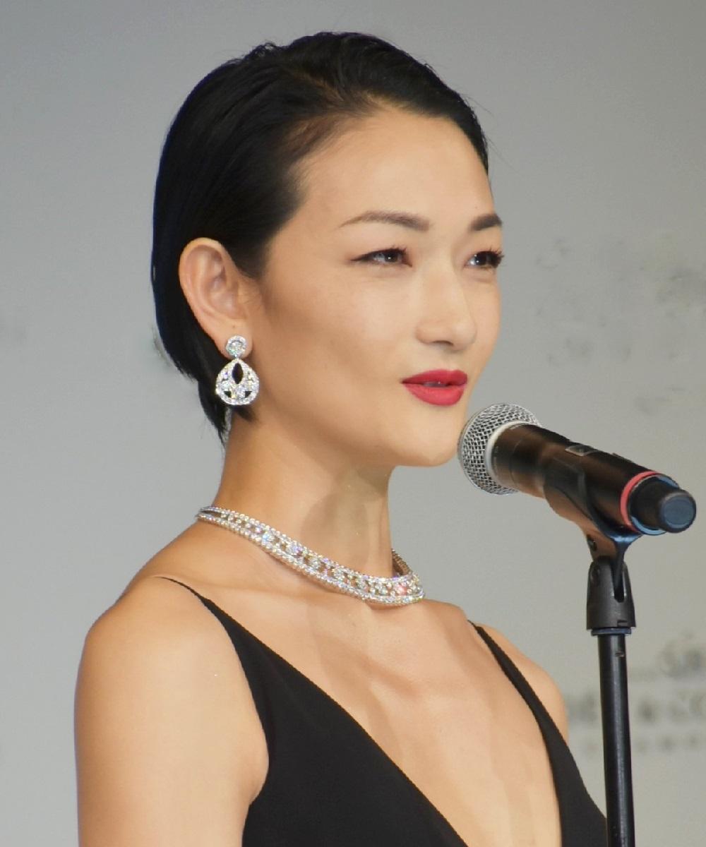 民放連ドラへの初のレギュラー出演は「大きな挑戦」だった冨永愛