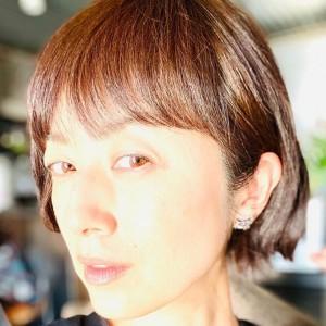「こんなに短くしたのは、久しぶり」と高岡早紀(画像は『高岡早紀 2019年12月16日付Instagram「髪を切ってみました。」』のスクリーンショット)