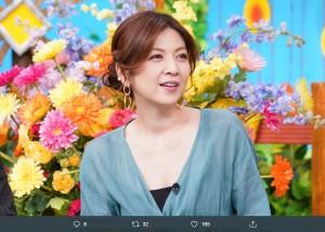 飯島直子に「とても51には見えない、きれい」の声も(画像は『【番組公式】誰だって波瀾爆笑 2020年1月12日付Twitter「このあとは「誰だって波瀾爆笑」」』のスクリーンショット)