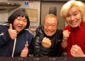 安藤なつ、神谷明、カズレーザー(画像は『神谷明 2020年1月12日付Twitter「ネクストグループ、創業20周年記念パーティー、司会の大役を果たし、無事帰路に着きました。」』のスクリーンショット)