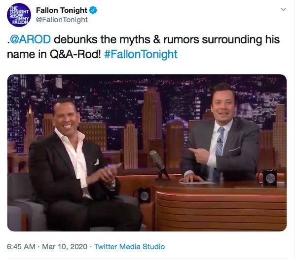 ファンからの質問をうまく交わしたアレックス・ロドリゲス(画像は『Fallon Tonight 2020年3月10日付Twitter「.@AROD debunks the myths & rumors surrounding his name in Q&A-Rod!」』のスクリーンショット)