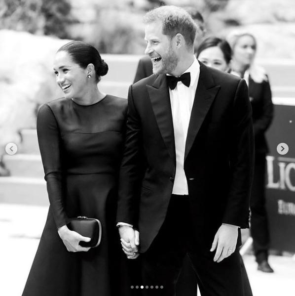 メーガン妃の故郷ロサンゼルスへの移住が伝えられたヘンリー王子夫妻(画像は『The Duke and Duchess of Sussex 2019年7月14日付Instagram「This evening, The Duke and Duchess of Sussex attended #TheLionKing European premiere in London at the Odeon Theatre.」』のスクリーンショット)