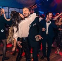 【イタすぎるセレブ達】ベッカム家長男の誕生日パーティで、デヴィッドが妻ヴィクトリアのお尻を鷲掴み!