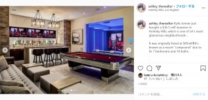 豪邸にはゲームルームやバーも(画像は『Miami Real Estate 2020年4月24日付Instagram「Kylie Jenner just bought a $36.5 mill mansion in Holmby Hills; which is one of LA's most glamorous neighborhoods.」』のスクリーンショット)
