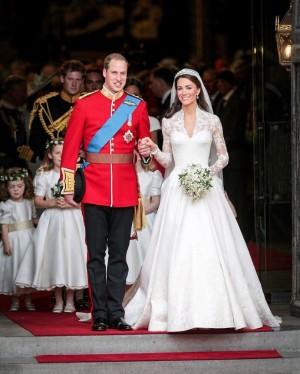 【イタすぎるセレブ達】ウィリアム王子&キャサリン妃、結婚9周年迎え挙式当日の写真を公開