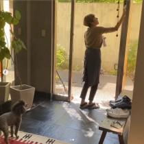 【エンタがビタミン♪】RIKACOのお掃除動画に反響「プロのハウスクリーニングの方かと」「一言一言が心に響く」